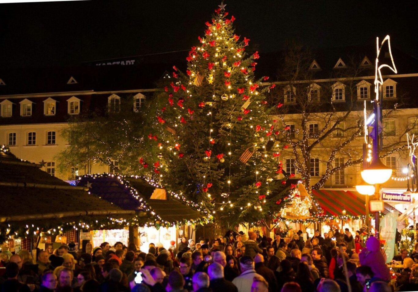 Christkindl-Markt SB Baum