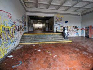 Eingangsbereich Bahnhof