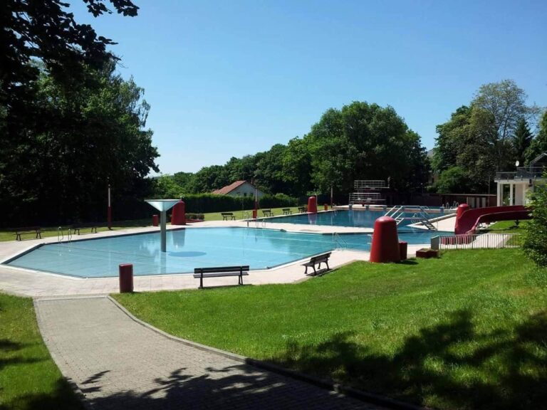 Friedrichsthal swimming pool