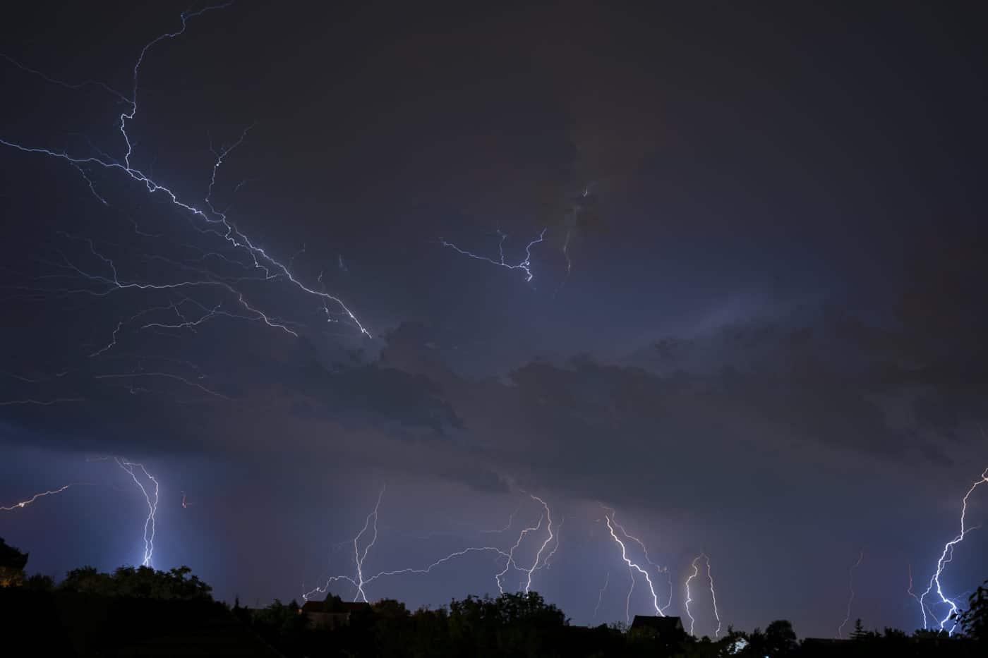 Wetterdienst warnt vor schwerem Unwetter