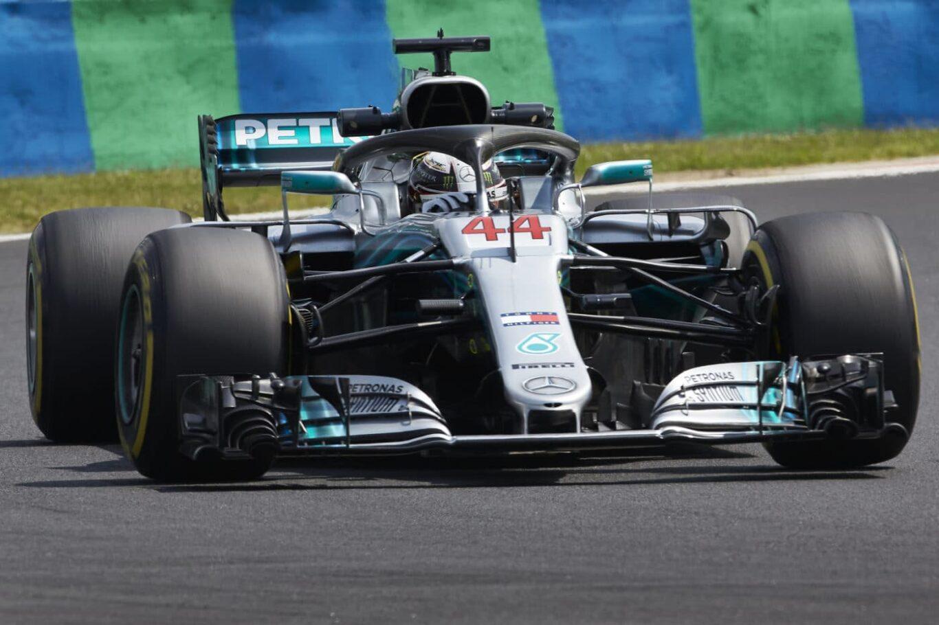 Lewis Hamilton in Ungarn, Bild: Steve Etherington