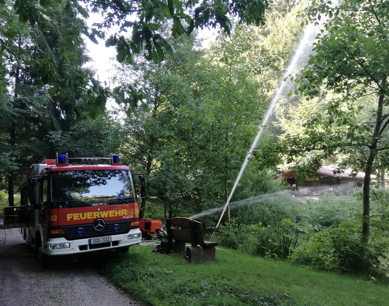 Feuerwehr St. Ingbert belüftet weitere Gewässer