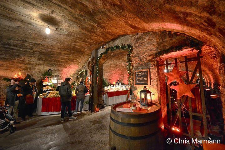 8. Mosel Wein Nachts Markt