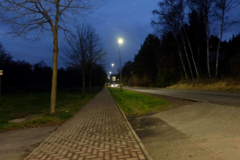 The new LED lighting in the district street in Landsweiler-Reden | Image: Municipality of Schiffweiler / Martina Puhl-Krapf