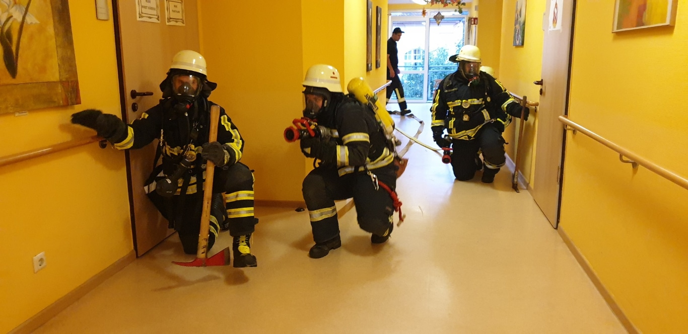 Übung Feuerwehr IGB AWO