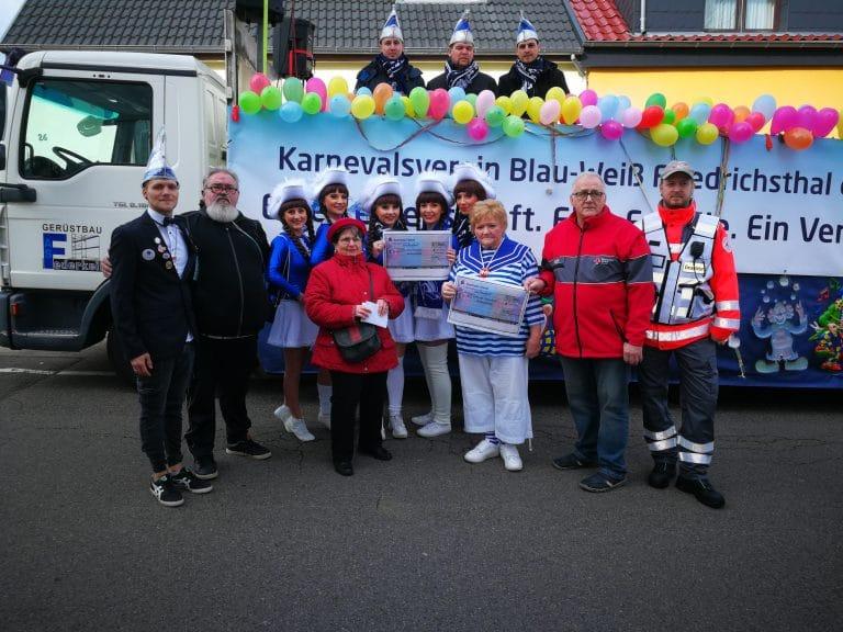 AWO Friedrichsthal übergibt Spenden