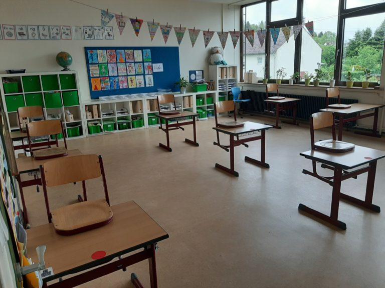 Das Bestuhlungskonzept sorgt für sicheren Abstand im Klassenzimmer