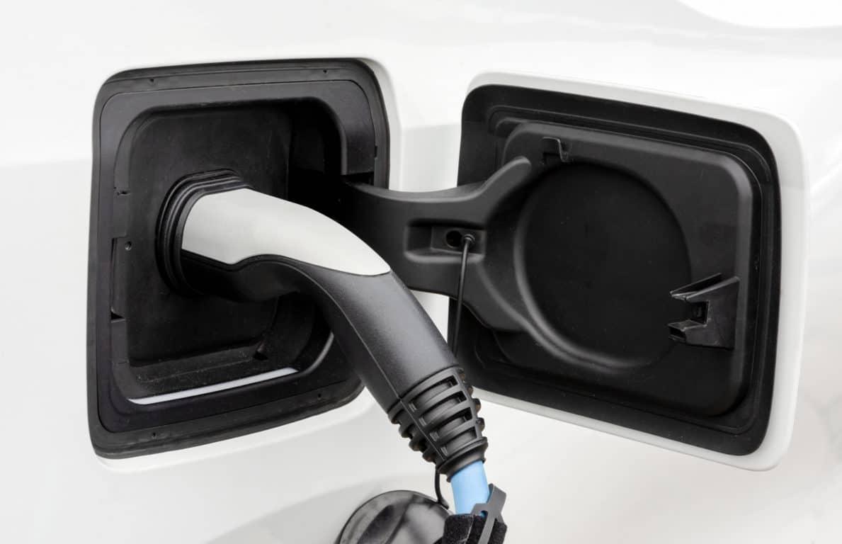 Elektromobilität, Ladesäule