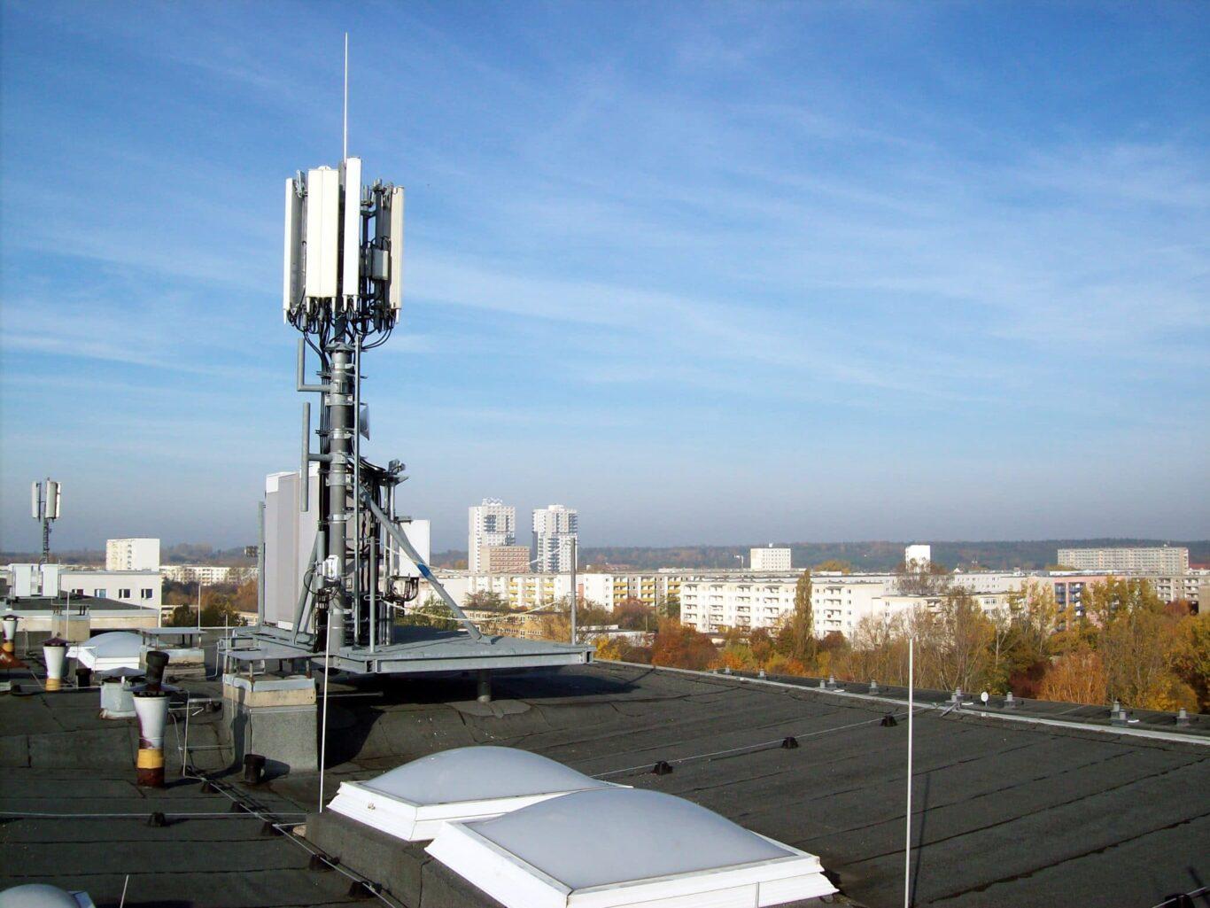 LTE Antenne in Halle-Neustadt | Bild: © O2