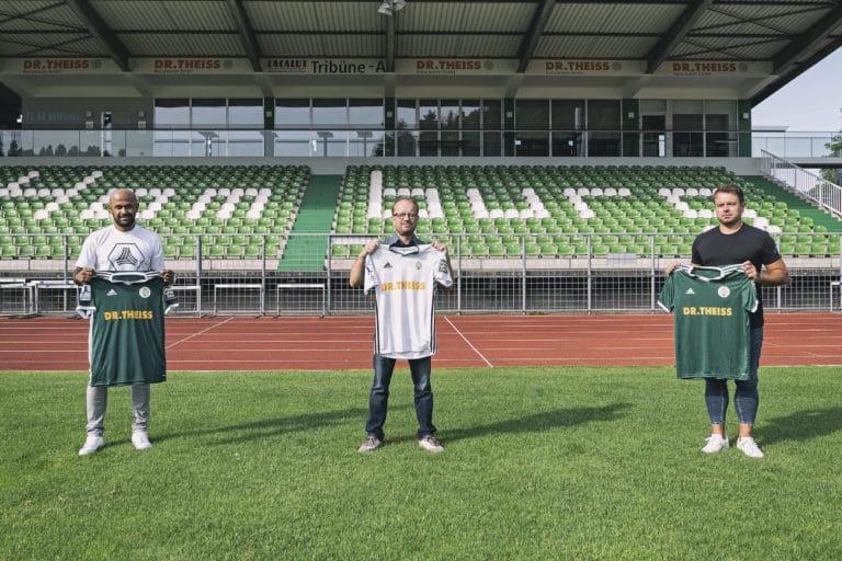 Carithasan Vijayendran (Team Sport Philipp Saar), Rafael Kowollik (amministratore delegato FCH), Roland Klose (adidas) | Immagine: FC Homburg