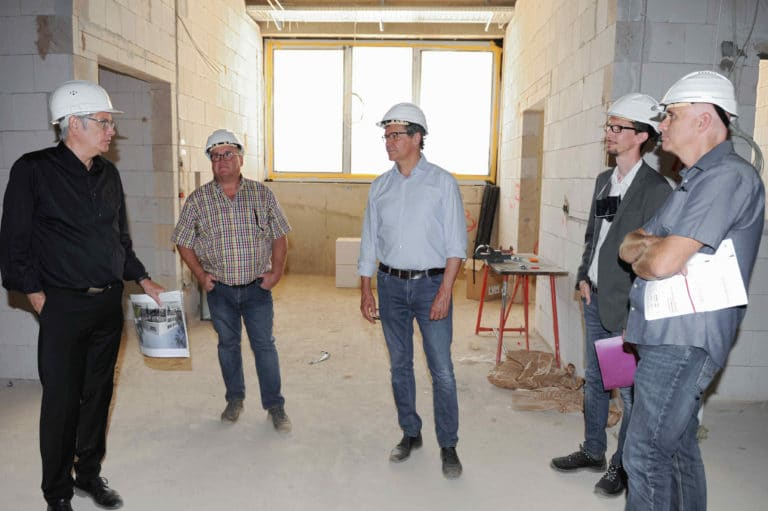 In the cafeteria in the new upper level center in Völklingen, more than 1.000 meals will be prepared every day