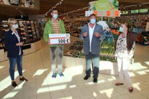 Entrega de donaciones en LIDL en Rohrbach | Imagen: Reinhard Gehring