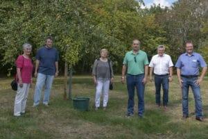 Jörg Hartmann spendete Bäume für Streuobstwiese Hoferkopf