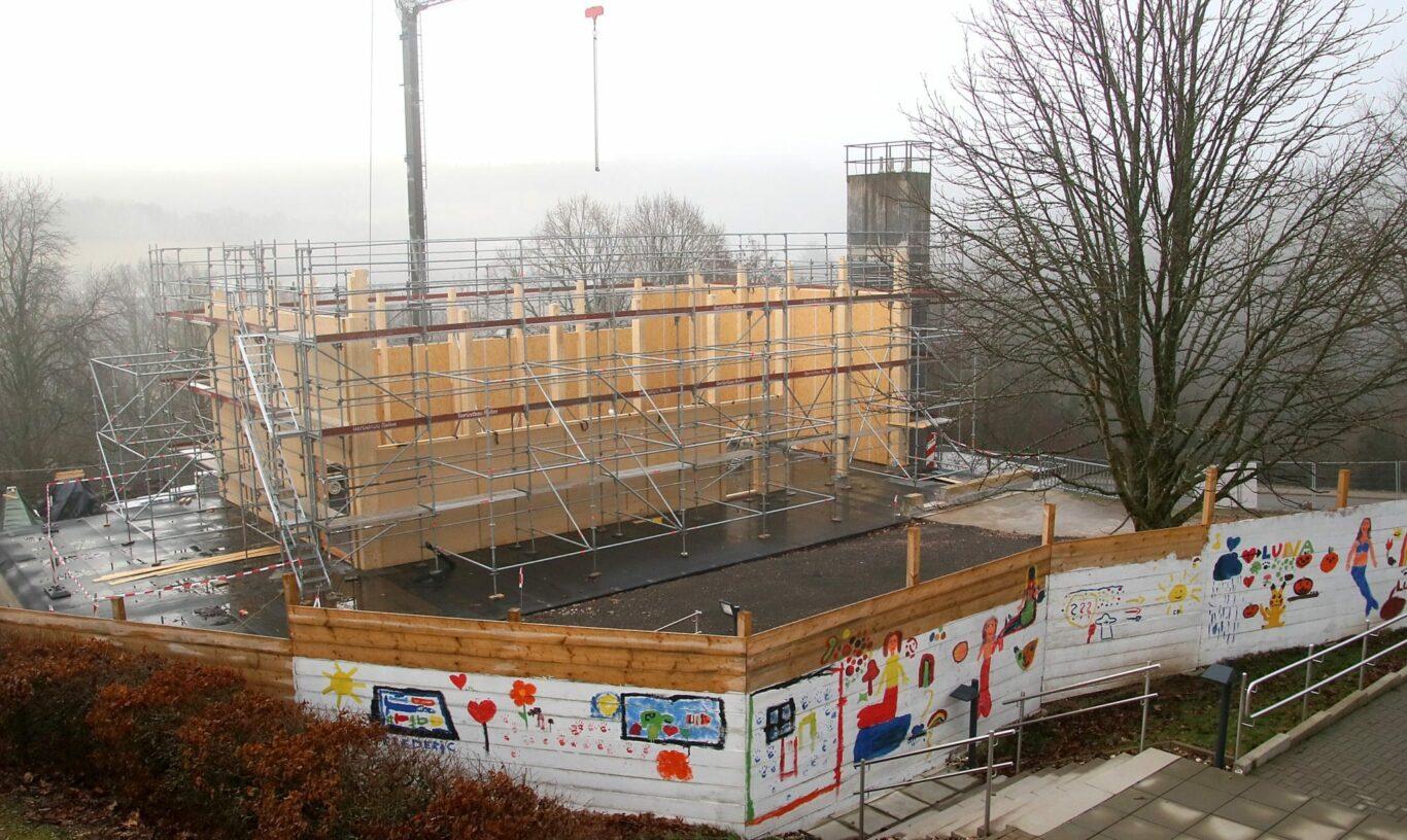 Der Neubau schreitet voran | Bild: St. Wendel / Josef Bonenberger