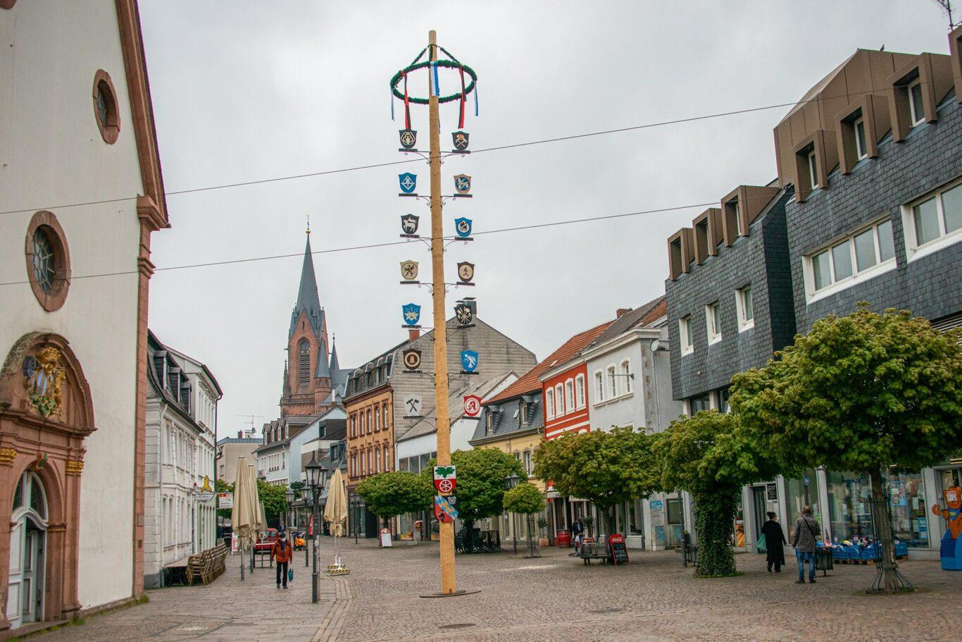 Maibaum 2021 in St. Ingbert | Bild: Nicolas Kraeber