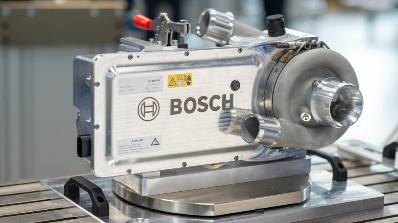 Der elektrische Luftverdichter führt in der Brennstoffzelle die benötigte Menge an gefilterter Luft zu. | Bild: Bosch