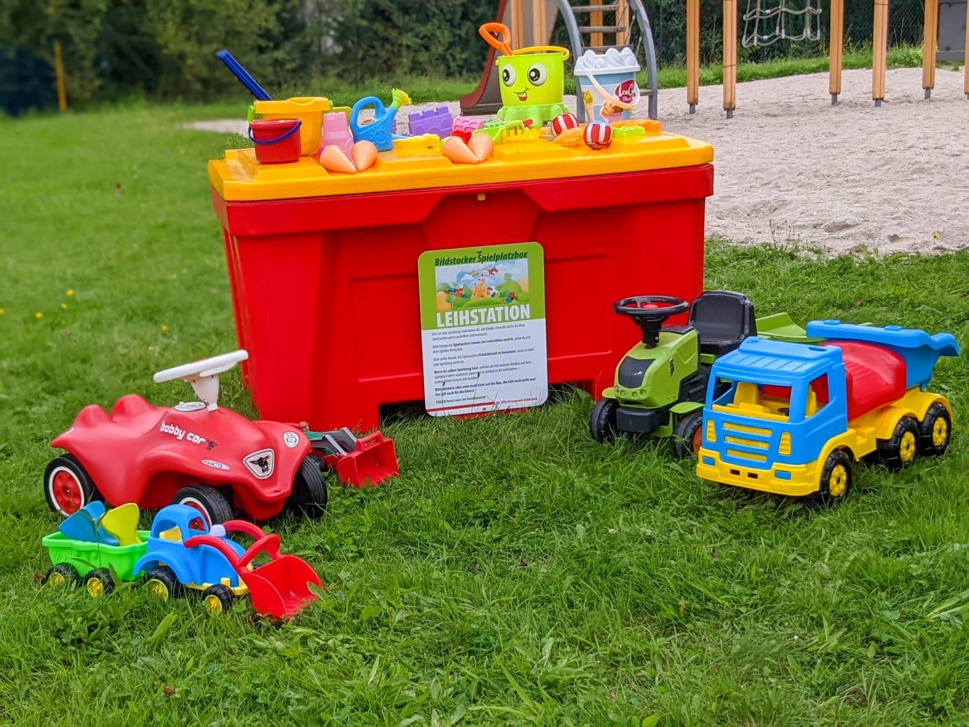 Spielzeugboxen