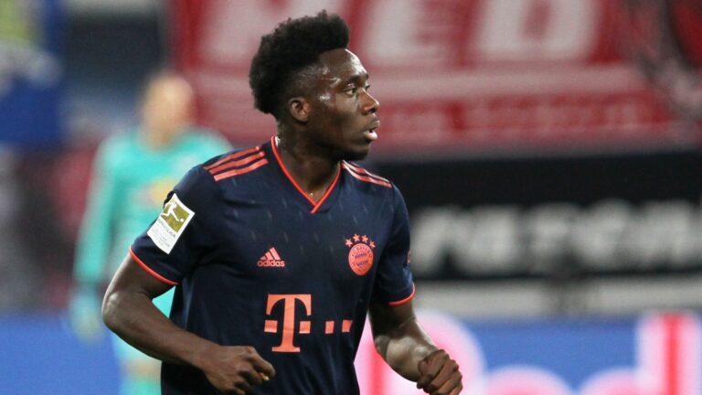 1. Bundesliga: Fürth unterliegt Bayern München in Überzahl