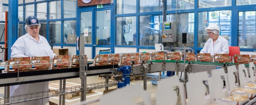 Inside the Nonnweiler production site | Photo: Dirk Guldner / Nestlé-Wagner