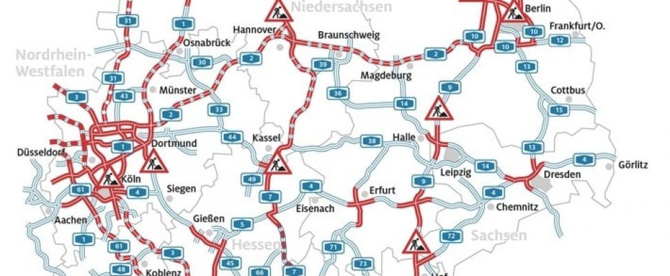 The traffic jam situation on Germany's motorways. Additional text via ots and www.presseportal.de/nr/7849 / The use of this image is free of charge for editorial purposes. Please publish under source: