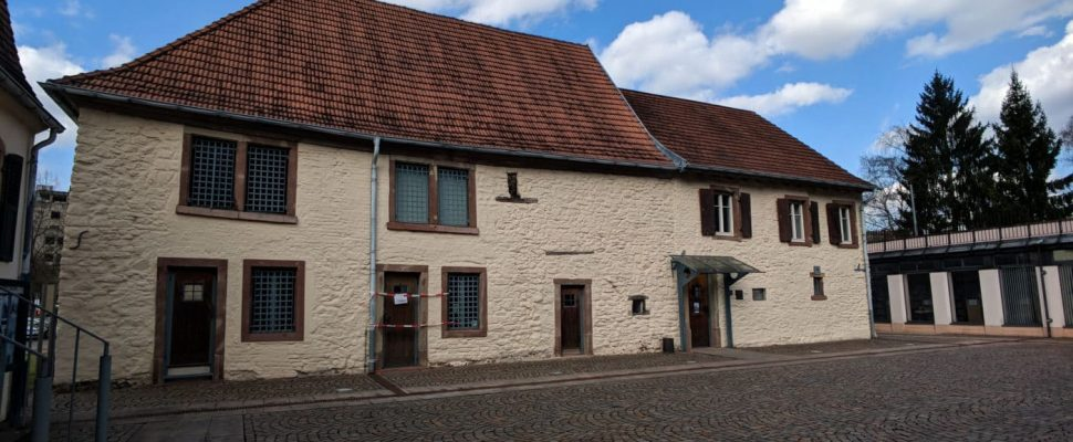 Salzbrunnenhaus