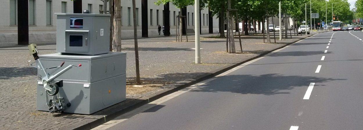 Eine Jenoptik Semistation am Straßenrand | Bild: JENOPTIK AG