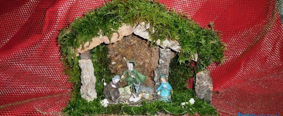 The crib is a classic object during the Christmas season