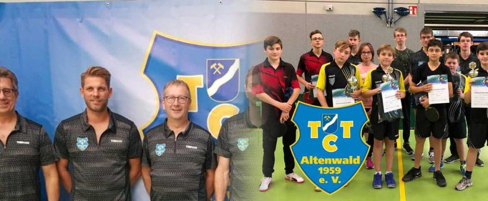 Links: Die Aktiven, rechts: die Jugend des TTC Altenwald   Bild: TTC Altenwald