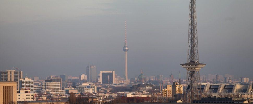Berliner Funkturm und Fernsehturm, über dts