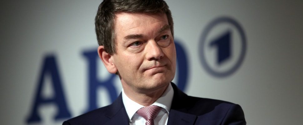 Jörg Schönenborn, acerca de dts