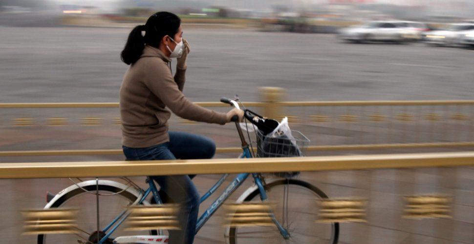 Fahrradfahrerin in Peking, über dts
