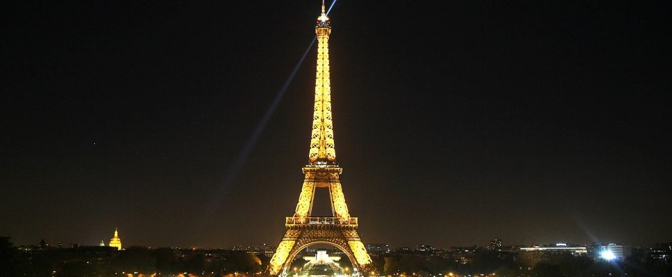 Eiffel Tower, over dts