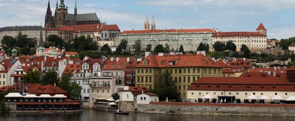 Prag, über dts