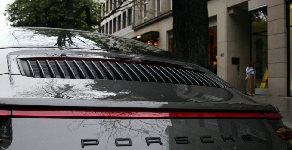 Porsche in der Düsseldorfer Kö, über dts