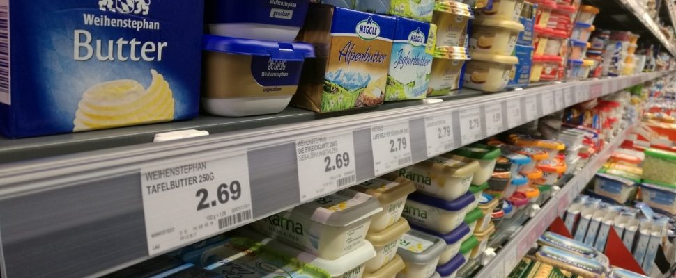 Butter in a supermarket, about dts