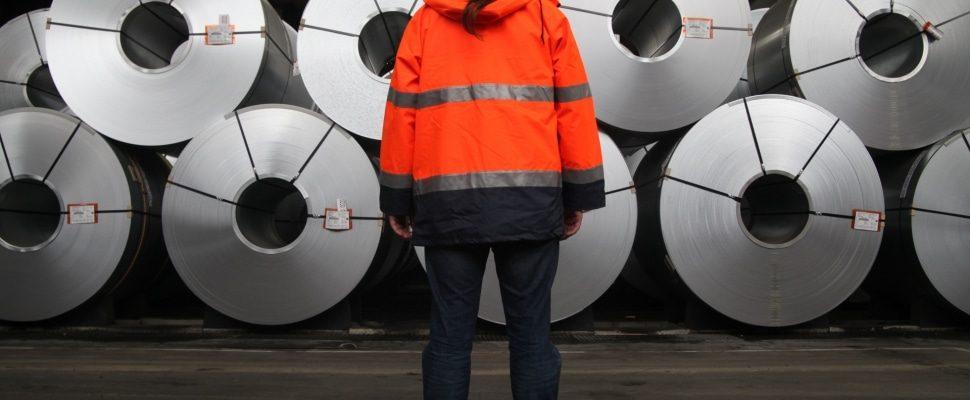 Stahlproduktion, über dts