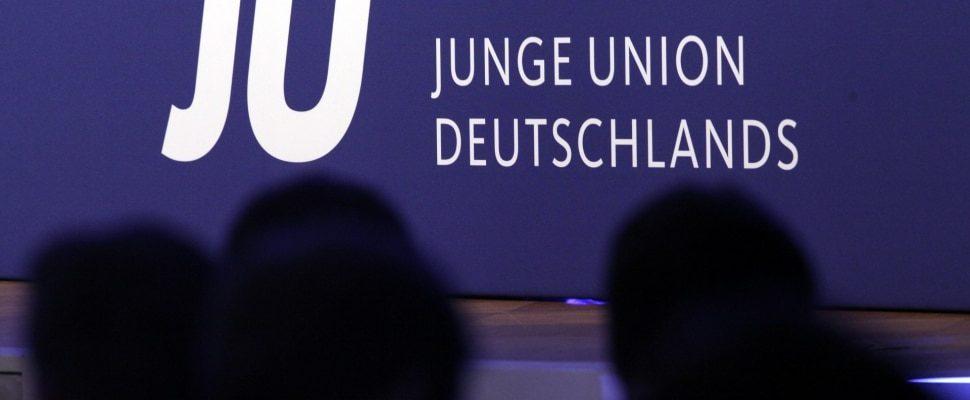 Unión Junge, sobre dts