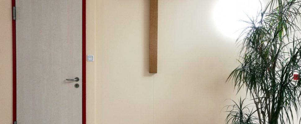 Kreuz in einem Krankenhaus, über dts