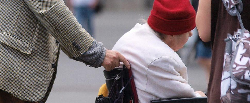 Seniorin im Rollstuhl, über dts