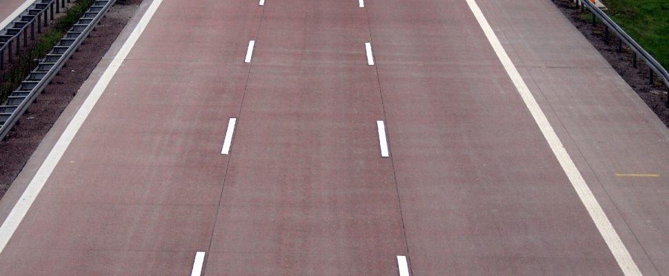 Autostradą ponad dts
