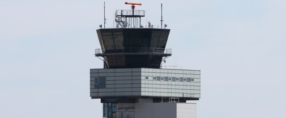 Airport tower, about dts