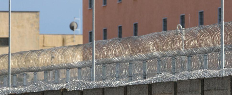 Gefängnis, über dts
