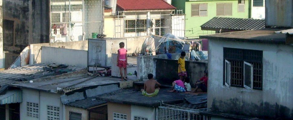 Kinder in einem Slum, über dts