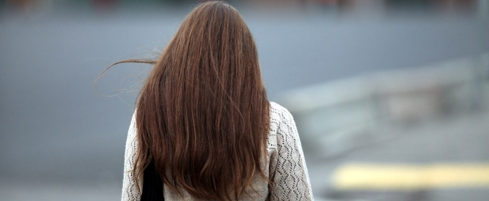 Woman with brown hair, about dts