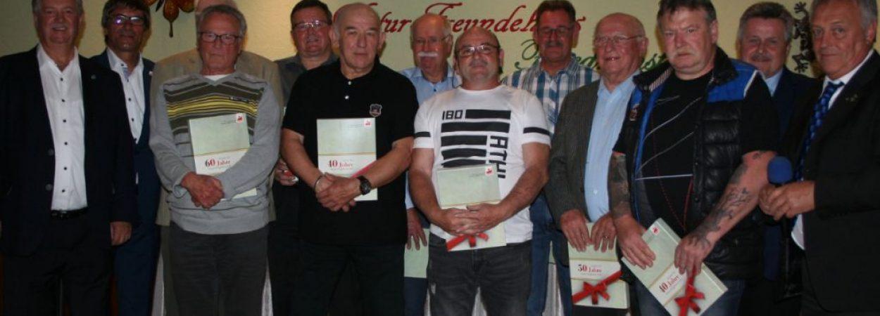 IGBCE ehrte langjährige Mitglieder