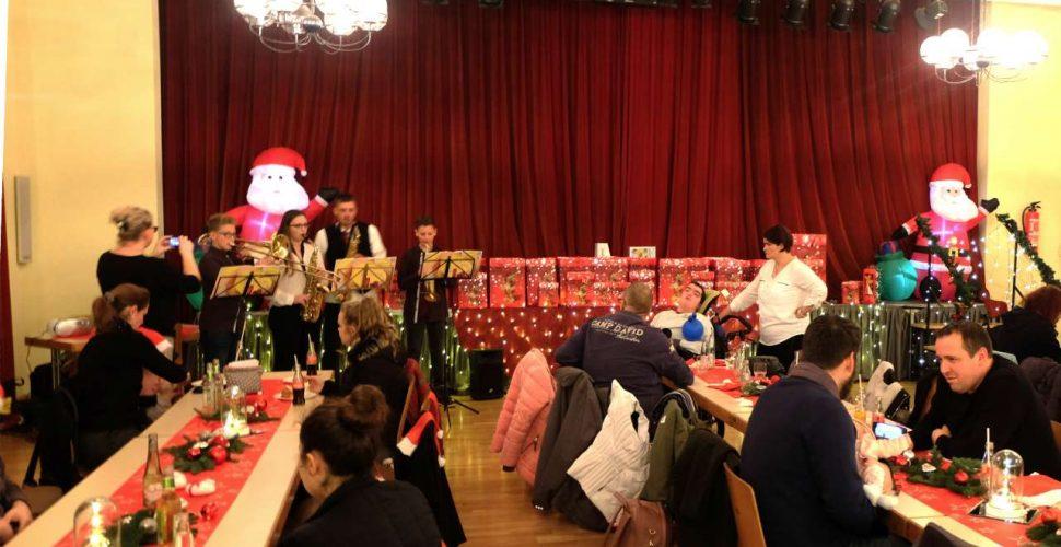 Weihnachtsfeier   Bild: Isabel Sand / Gemeinde Schiffweiler